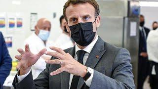 Emmanuel Macron é esbofeteado no sul de França