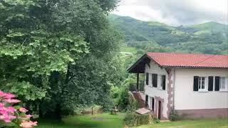 Casas Etxezurialde 9