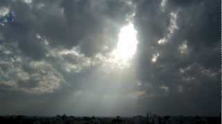 preview picture of video 'Nikon Coolpix L610 Video & Zoom Test - Sky Scene - (1080p) (HD) (HQ) - Jamnagar - Gujarat - India'
