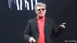 Tom Bailey-LOVE ON YOUR SIDE-Thompson Twins-Live-80s Weekend, Microsoft Theater-Los Angeles-8.13.16