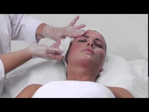Satin Smooth Women's Facial Waxing