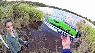 WLtoys 915 High Speed Brushless Boat  Review - [Unboxing, Water/Flip/Leak Test! Pros & Cons]