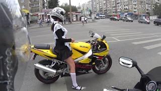 1 Сентября День знаний Суровая Челябинская школьница поехала в школу на байке
