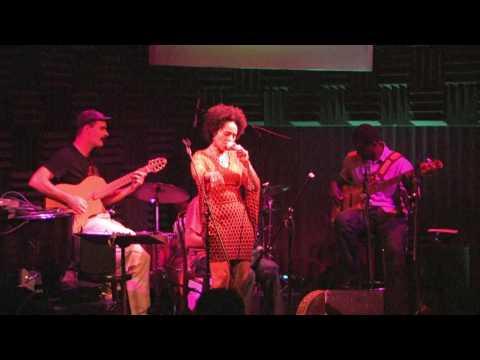 Malika Zarra @ New York Joe's Pub on August 26 2009 - Run (by jh eyes VISION)