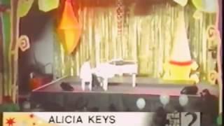 """Alicia Keys - """"Little Drummer Girl"""" live 2001"""