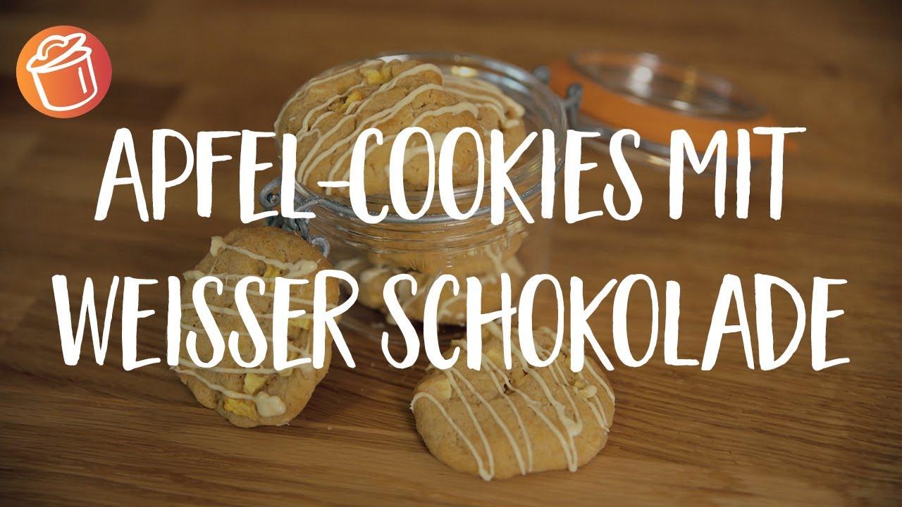 Apfel-Cookies mit weisser Schokolade