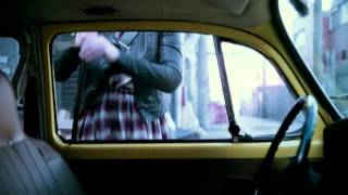 Once Upon a Time S02E06 Emma stealing a car