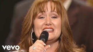 Bill & Gloria Gaither - Onward Christian Soldiers/We're Marching to Zion (Medley) [Live]