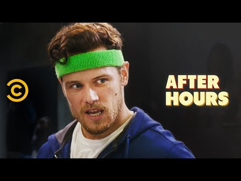 Outlander's Sam Heughan Takes the Gym Very Seriously (видео)