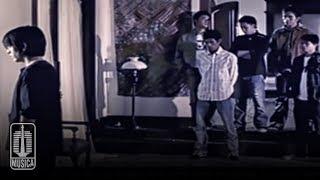 Kunci (Chord) Gitar dan Lirik Lagu 'Di Belakangku' - Peterpan