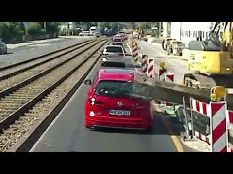 Close call at construction site in Germany