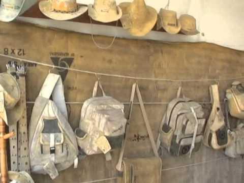 Largadão,bolsas pastas tudo de Couro & Lona