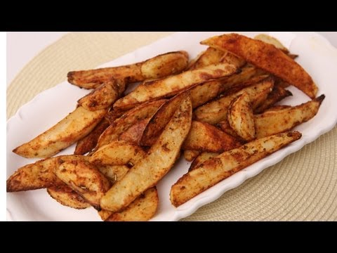 Spicy Roasted Potato Fries Recipe – Laura Vitale – Laura in the Kitchen Episode 425