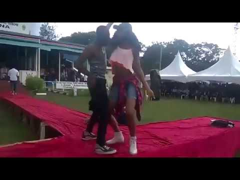 Student Graduation Party Gone Viral, Must Watch