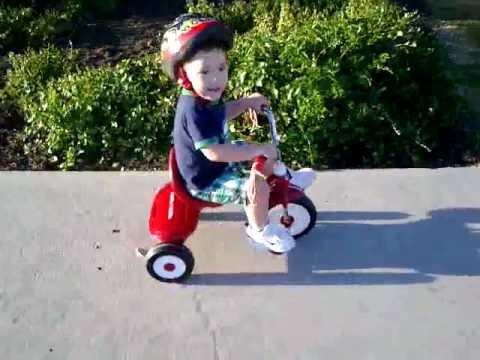 mis primeras carreras en triciclo