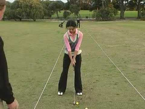 Golf – Junior Female Golf Lesson. Pesented by Golfzone.