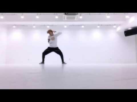 방탄소년단 (BTS)J-Hope- Boy Meets Evil mirror(dance practice) audio HQ (видео)