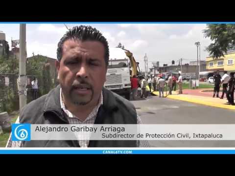 Se forma socavón en avenida Corralejo Unidad Santa Bárbara