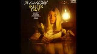 Skeeter Davis - Daddy Was An Old Time Preacher Man