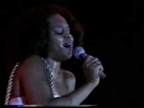 "Deniece Williams - ""It's Gonna Take a Miracle""  Reggae Sunsplash '81"