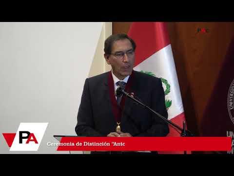 """Presidente Martín Vizcarra recibe distinción honorífica """"Antorcha de Habich"""" de la UNI"""