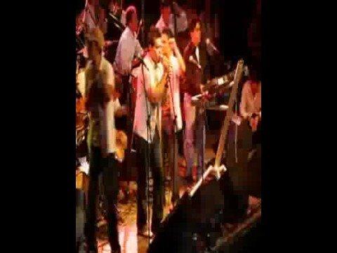 Adolescentes orquesta-se acabo el amor