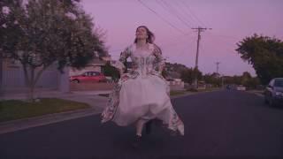 Julia Jacklin   Head Alone (Official Video)