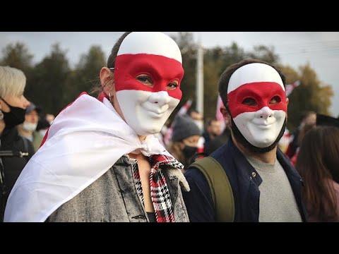 Bélarus : Loukachenko compare le mouvement de contestation à une