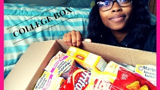COLLEGE CARE PACKAGE UNBOXING!!!