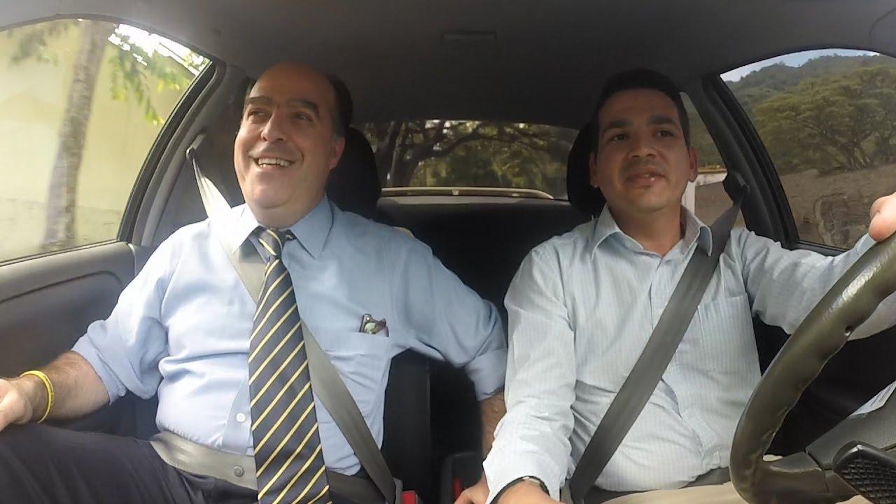 Al volante con Julio Borges, presidente de la Asamblea Nacional