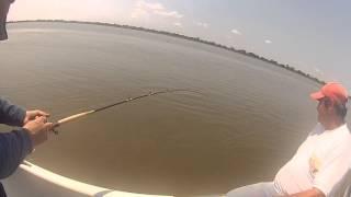 preview picture of video 'Pesque con foncho-- Dorados en Esquina,Corrientes'