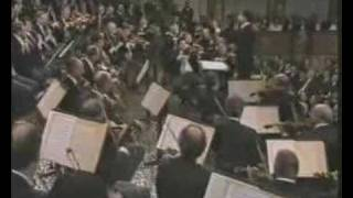 Riccardo Muti - Radetsky March