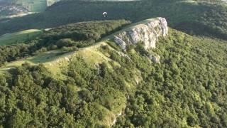 preview picture of video 'Pálava - přelet hřebene'