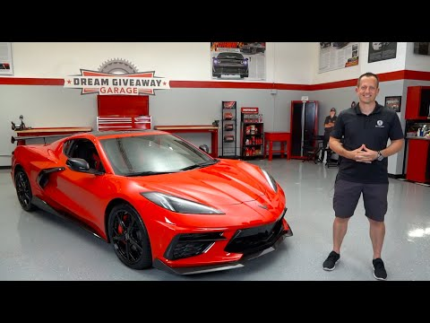 External Review Video 0_usnCVlq9M for Chevrolet Corvette Sports Car (C8)