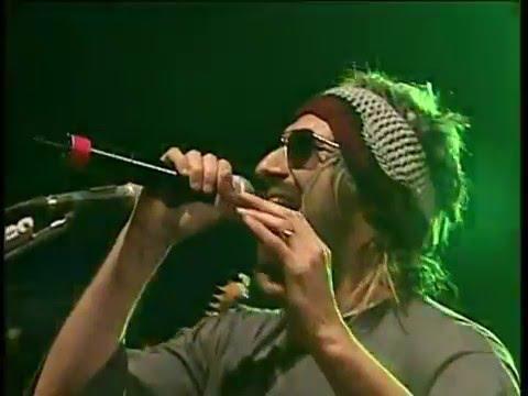 Los Auténticos Decadentes video Me tiro a la basura - CM Vivo 2007