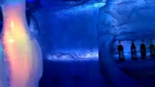 preview picture of video 'Muito frio no no bar de gelo em Puerto Iguazu - Icebar Iguazu - Missiones'