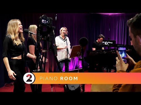 Claire Richards – In My Blood (Shawn Mendes cover) Radio 2 Piano Room