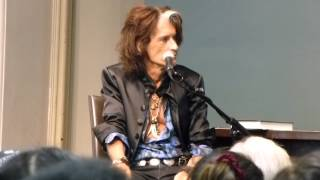 JOE PERRY Aerosmith Guitarist BOOK Release ROCKS Q & A in Barnes & Noble NY Oct 7,2014 Part 1