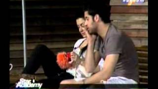 ستار اكاديمي8-سارة واستهبال حسام عليها