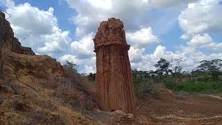 preview picture of video 'រមណីយដ្ឋានរលុះធំ ស្ថិតនៅ ក្រុងសំរោង ខេត្តឩត្តរមានជ័យ-oddar meanchey province -tourism Khmer -tour'