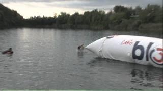 preview picture of video 'Ö3-Blobbing Tour @ Ozean in Guntramsdorf - Blobber 01594'