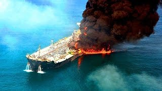 Российский танкер с нефтью горит у Канарских островов