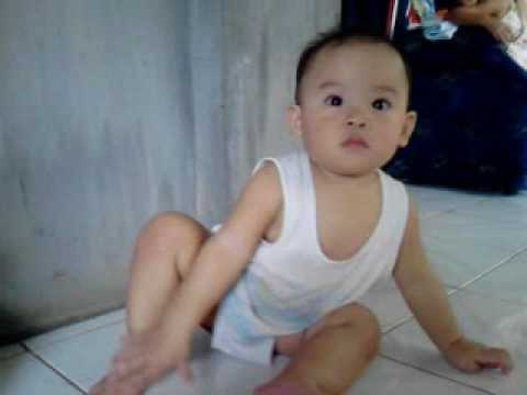 baby peeing