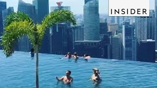 Singapore boat hotel infinity pool