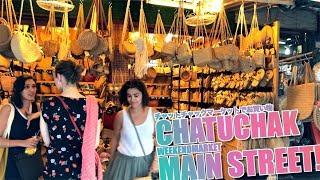 Chatuchak Weekend Market / Main Street Shopping Zone /November 2018