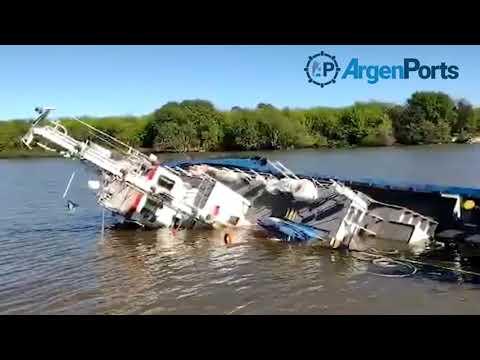 Videos: un barco remolcador se hundió en el Puerto La Plata luego de ser chocado por un buque tanque de combustible