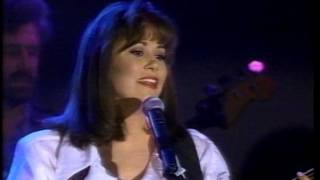 Suzy Bogguss Ropin and Rockin