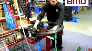 Bicycle wheel tire fitter