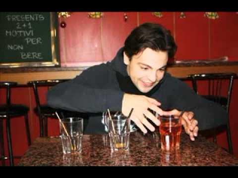 Aiutare a smettere di bere senza la conoscenza di bere