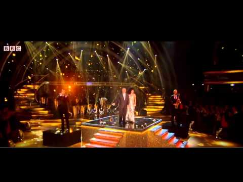 """Lady Gaga & Tony Bennett - """"Anything Goes"""" & """"I Don't Mean a Thing"""" live on Strictly Come Dancing"""
